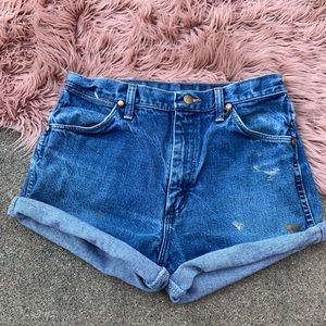 Wrangler blue denim cutoffs size 29/6